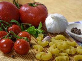 mediteranska dijeta paradajz pasta luk